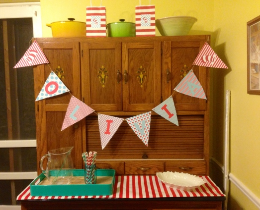 Cat in the Hat Party Dining Room 1