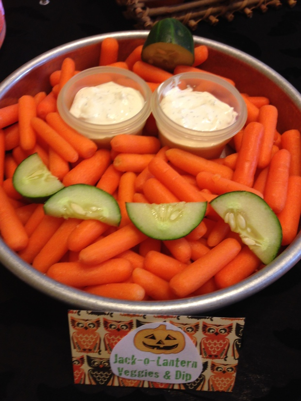 jack o lantern veggies and dip