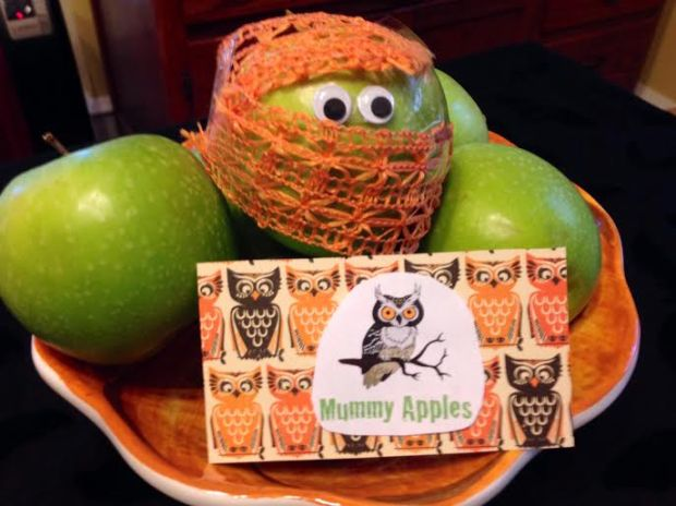 mummy apples