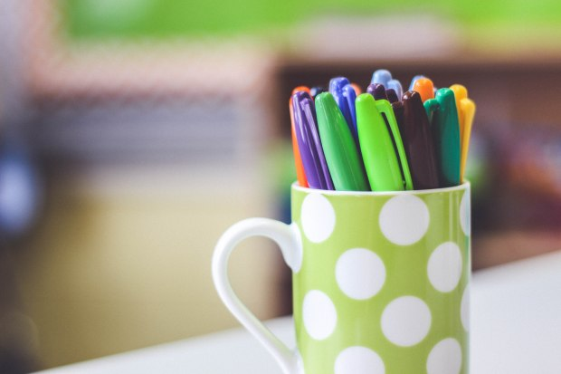 apple green mug _mycolorcodedlife